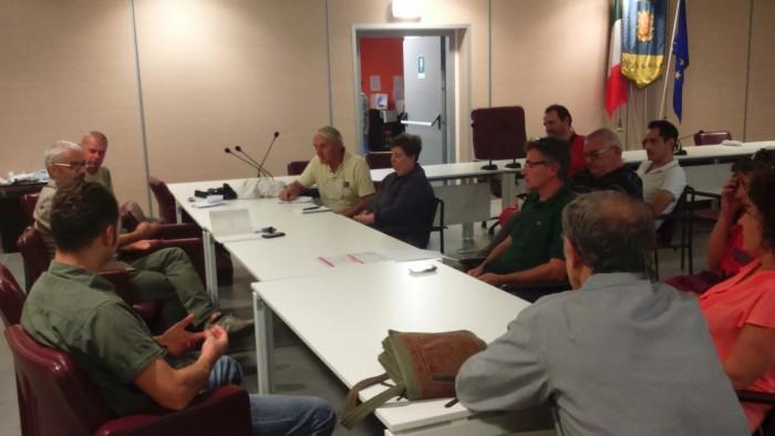 Un momento della riunione in municipio delle assocazioni sportive